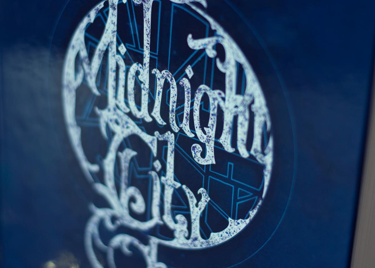 Midnight City, roman vagabond